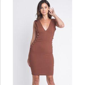 Dresses & Skirts - Rust V Neck Lace Up Waist Dress